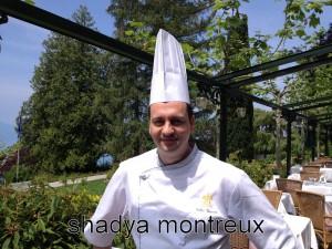 Le Chef Gilles Vincent sur la terrasse