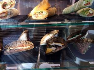 La présentation des wraps et sandwiches maison