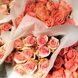 Roses magiques chez GLOBUS Banhofstrasse Zurich