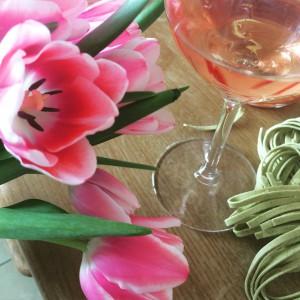 Des fleurs, des pâtes et du Rosé