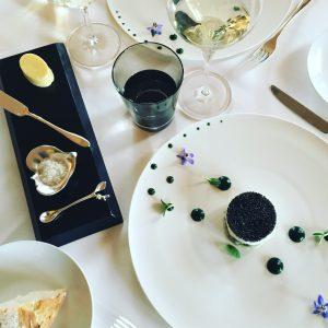 le-fabuleux-tartare-dhuitres-et-st-jacques-au-caviar